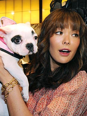 lindsay-price-and-dog.jpg